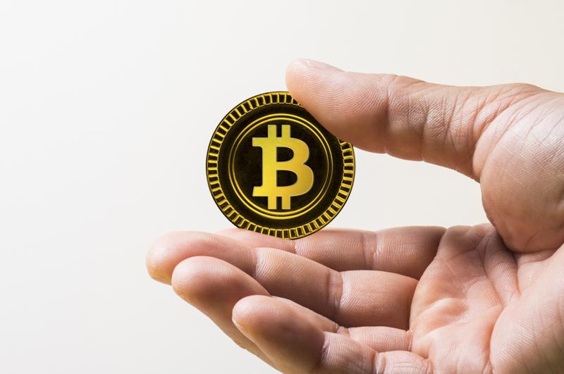 ビットコインに投資を考えているときは